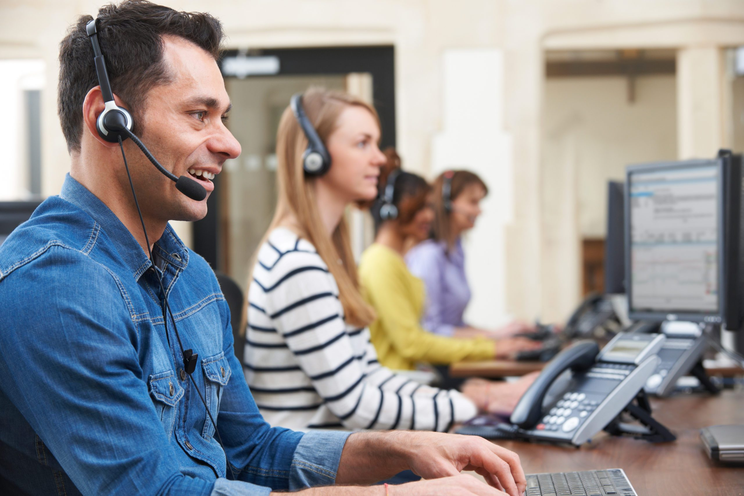 How Call Centers Can Improve Their Customer Experience